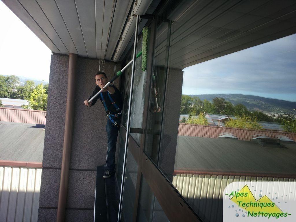 Nettoyage vitre annecy harnais sécurité